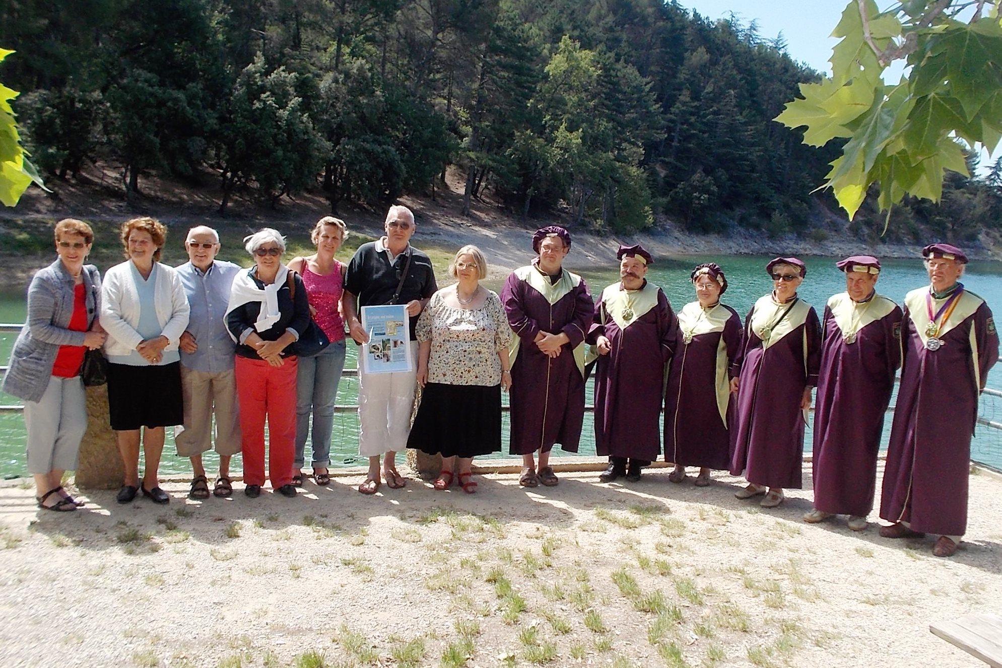 Les associations réunies samedi 12 juillet au lac du Paty.